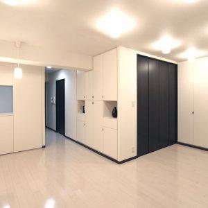マンションリフォーム:壁いっぱいの収納空間