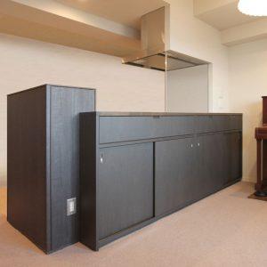 オーダーメイド/既存のキッチンに合わせたダイニング収納