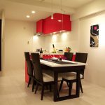 真紅のL型オーダーキッチン